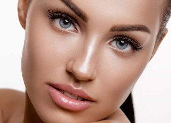 Advanced Skincare Treatment for Healthy Aging