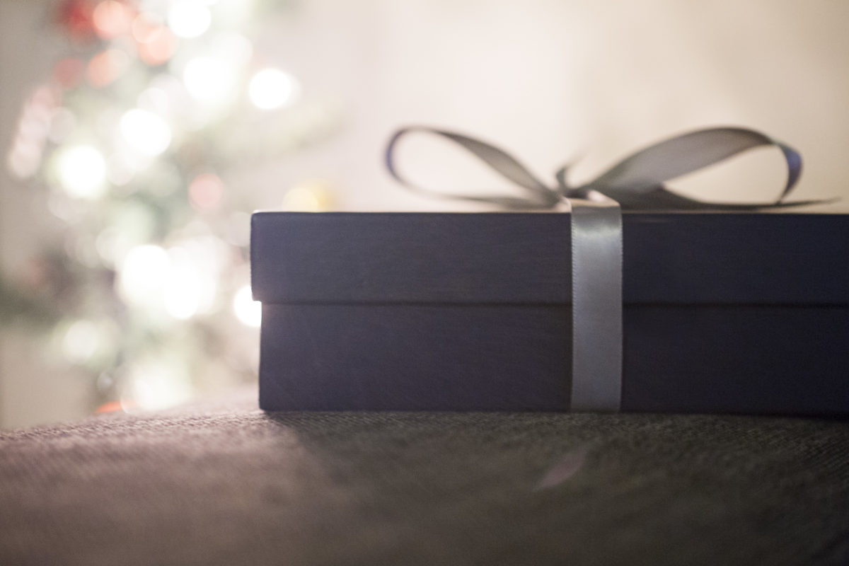 We Provide the Right Solution for Your Gifting Problems