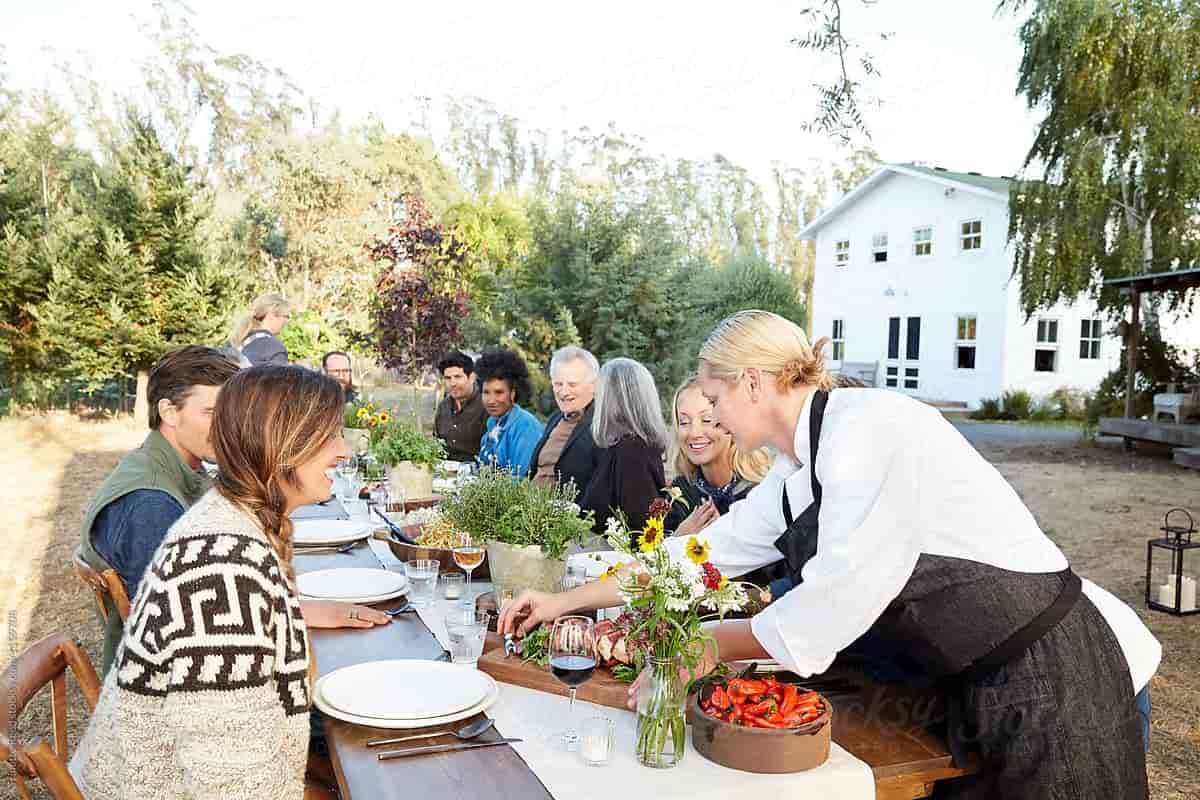 Some Advice on Hiring a Party Catering Service Provider