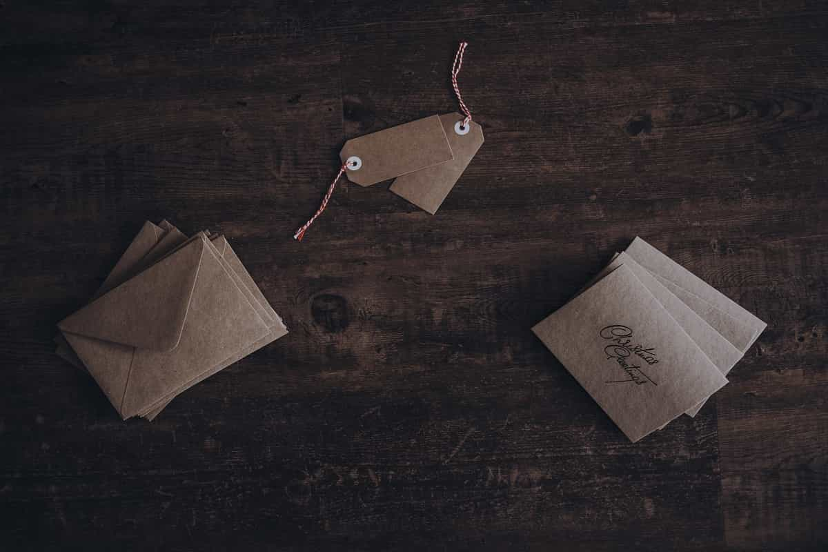 4 Important Purposes of Folded Business Cards!