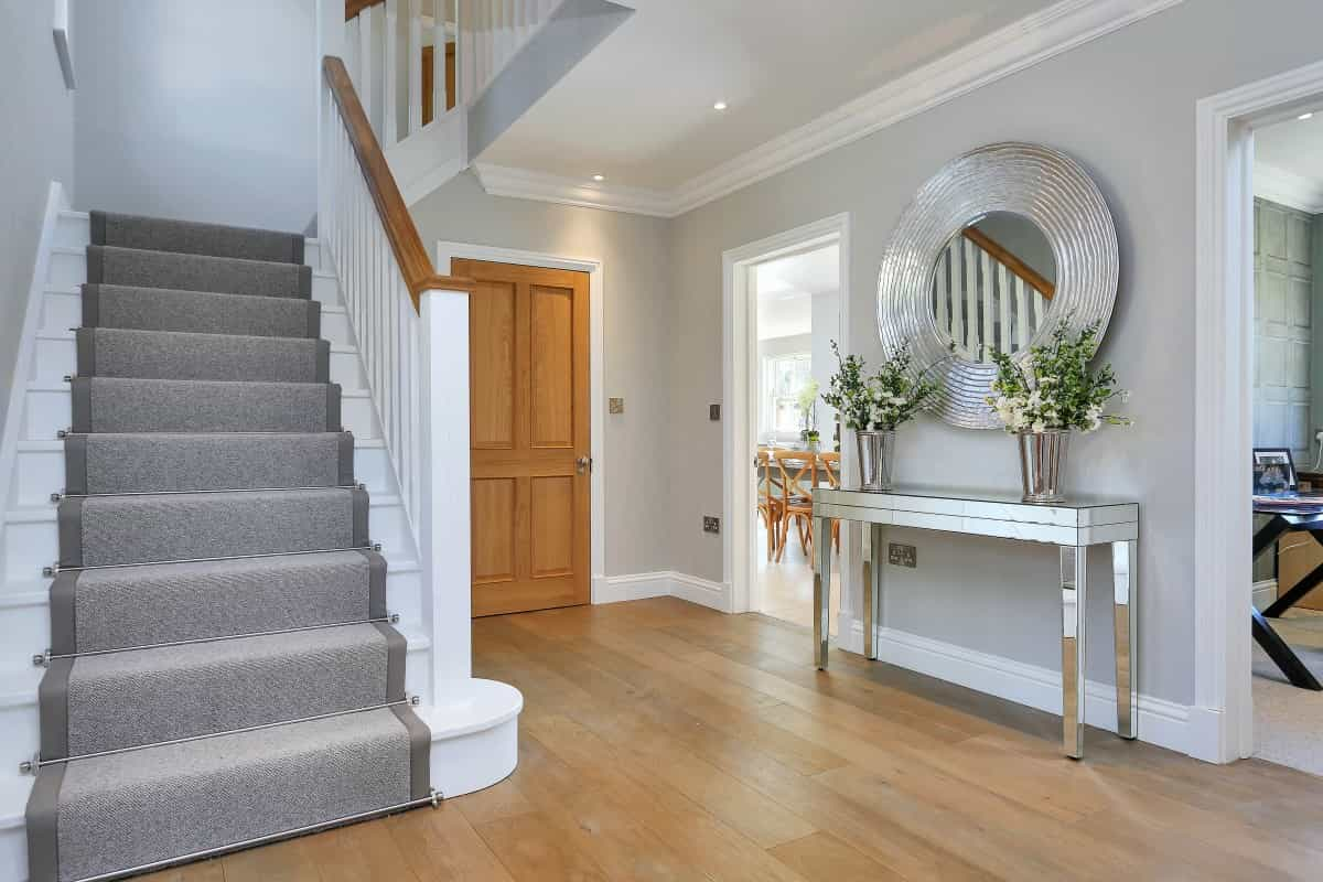 Find the Right Supplier for Wooden Handrail
