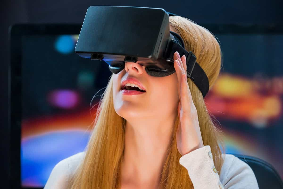 VR: Why To Adopt It In Your Business?