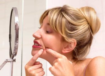 How To Naturally Reduce Adult Acne