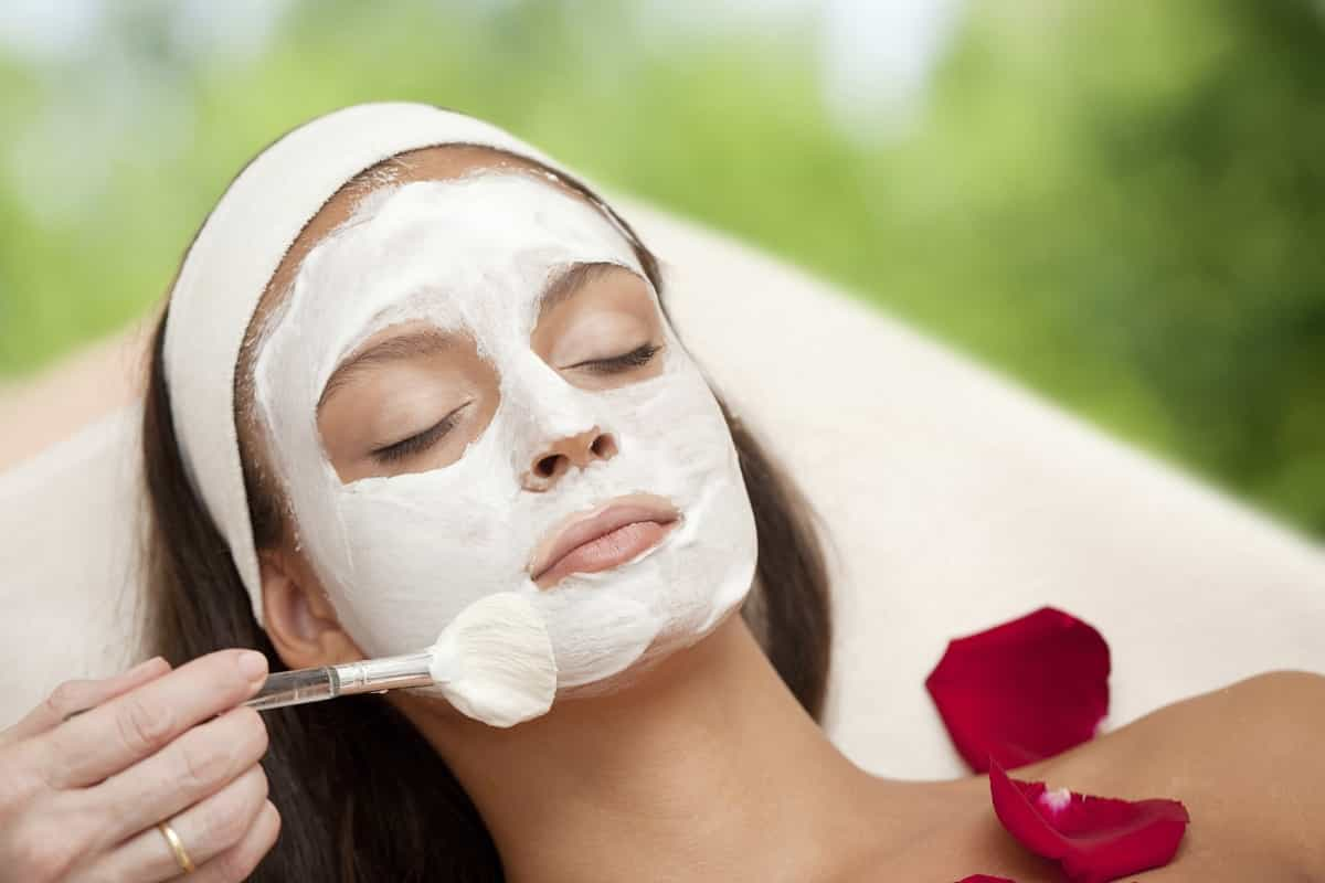 Homemade Natural Face Masks for Firmer, Tighter Skin
