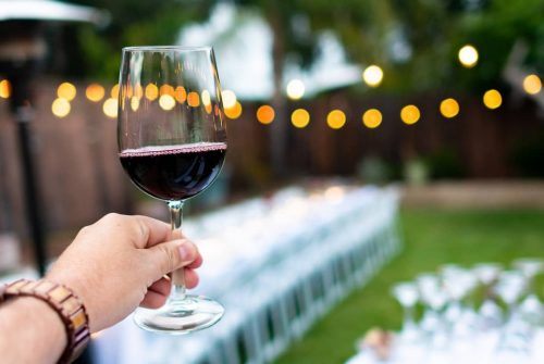 6 Health Benefits Of Drinking Red Wine