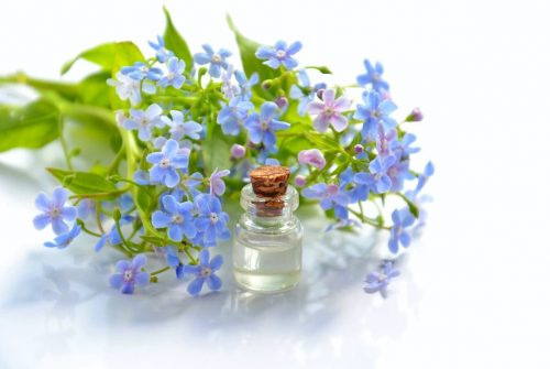 Essential Oils for Women Health and Beauty