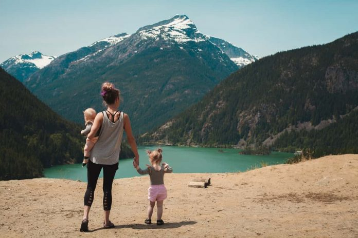 Essential Travel Tips For Moms With Babies